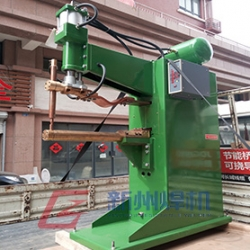 潍坊下裸铜棒点焊机DN-80-650